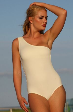 Dangerous Curves One Piece