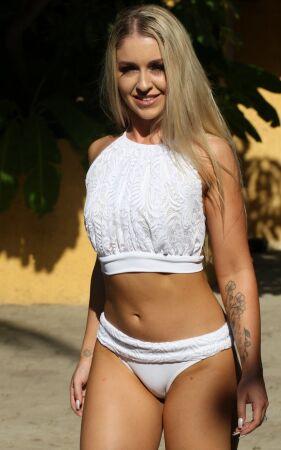 Le Mademoiselle Banded white