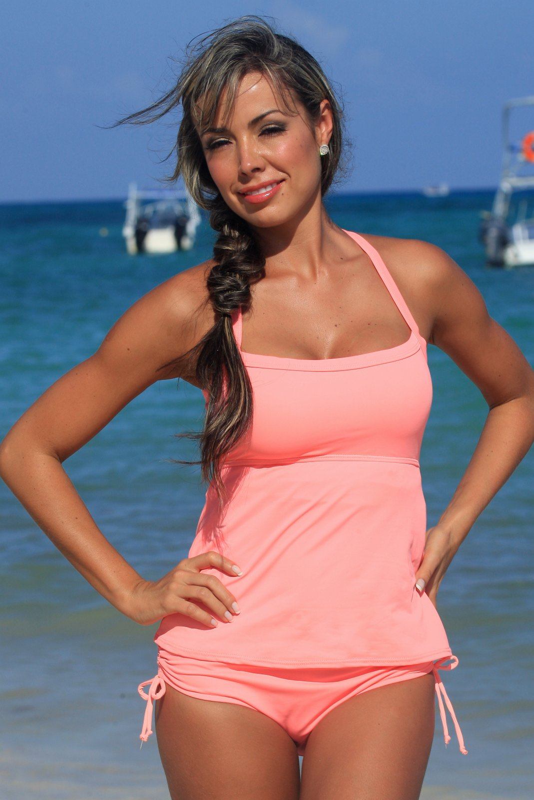 3ae6844f974e6 Ujena Coral Full Figure Tankini Plus Top