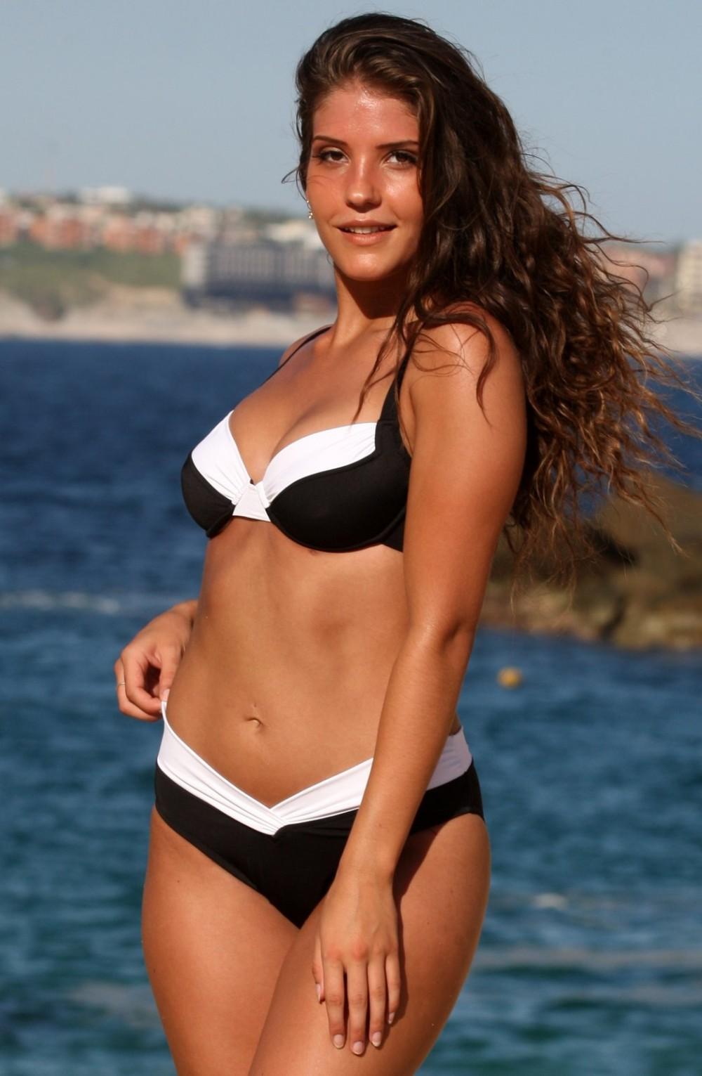 0373aa346aa Ujena Calypso Bikini