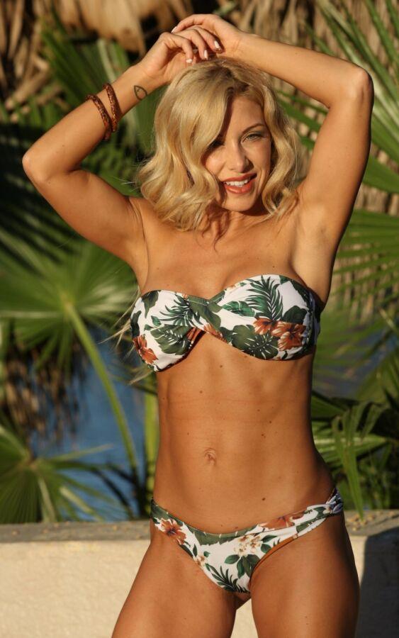 Easee Fit Twist Bikini