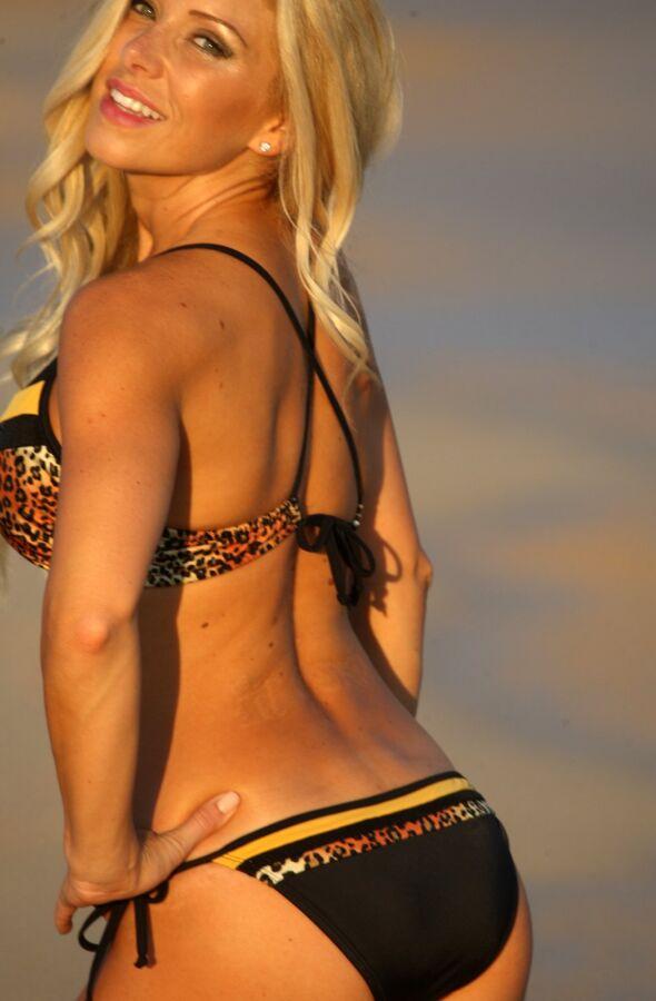 Color Block String Bikini