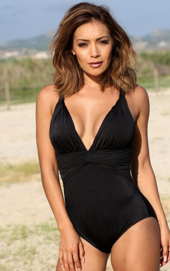 Cosmo One Piece